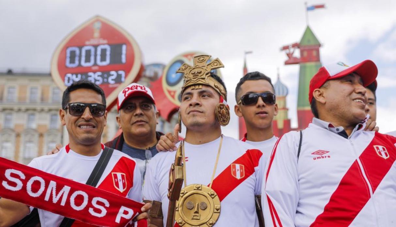 La blanquirroja acompañó el pecho de cada compatriota durante el Mundial. (Foto: Agencia EFE)