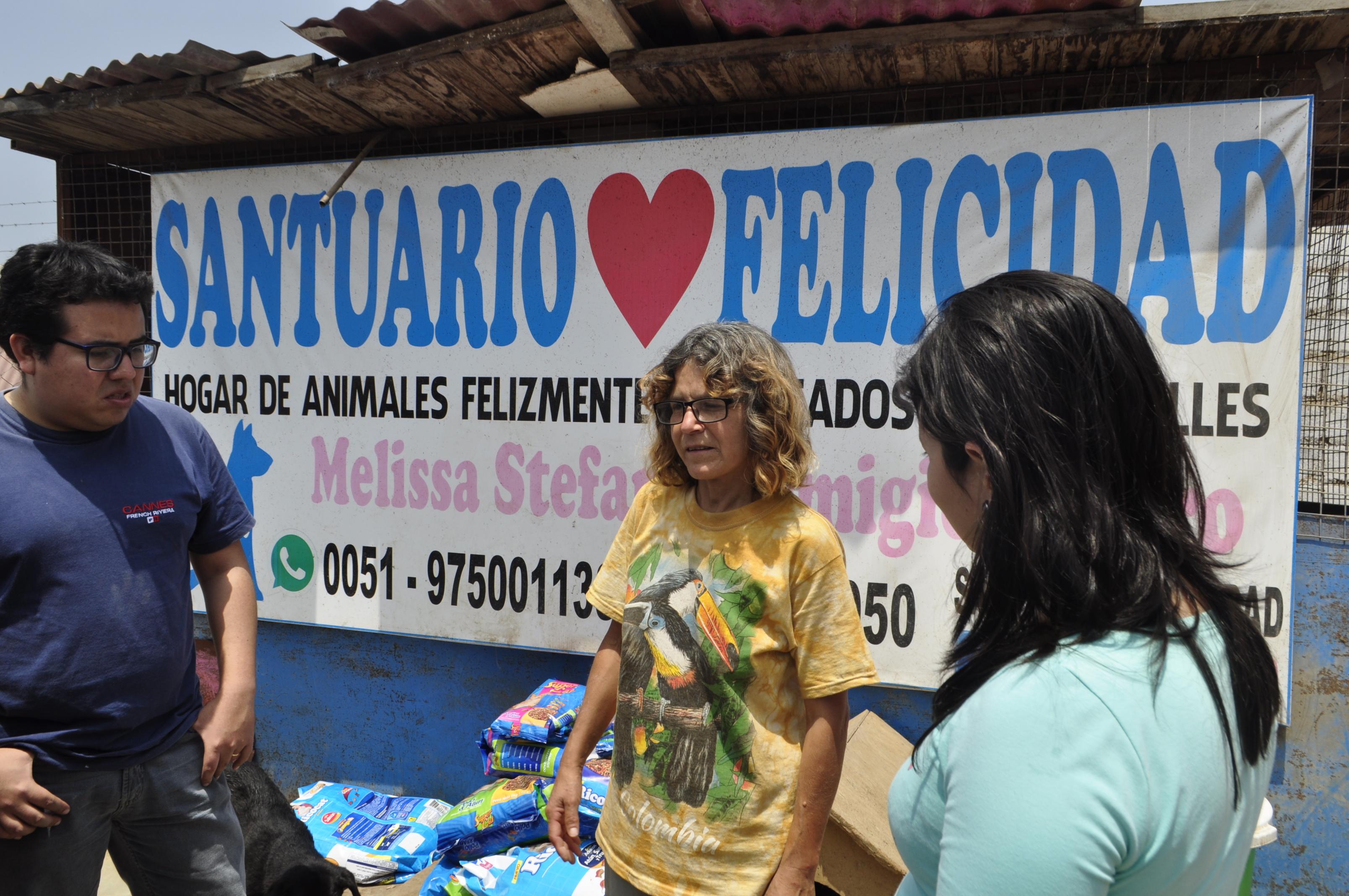 Liliana Castro cuida y protege animales rescatados