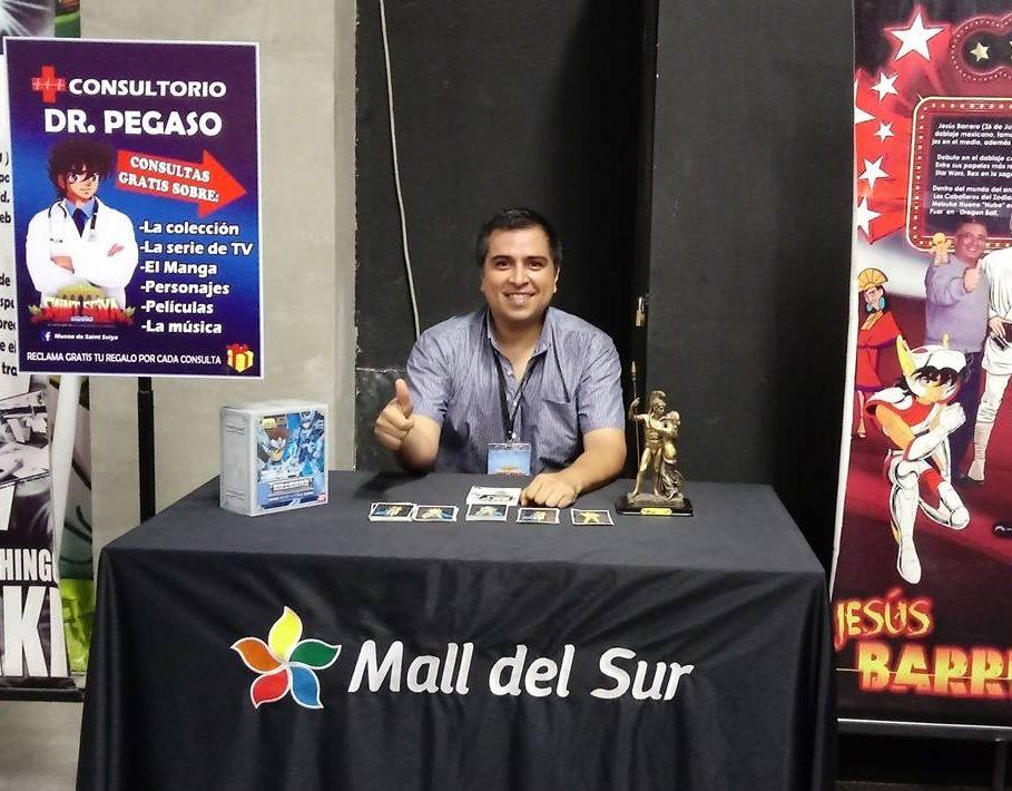 Jorge Vásquez, récord Guinness a la mayor colección del mundo de Caballeros del Zodiaco y fundador del museo de Saint Seiya