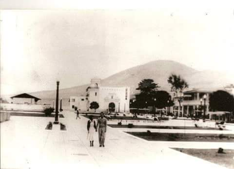 Foto: ASPROTUR. En 1960 parte del balneario lucía tranquilo y era un ambiente agradable para caminar.
